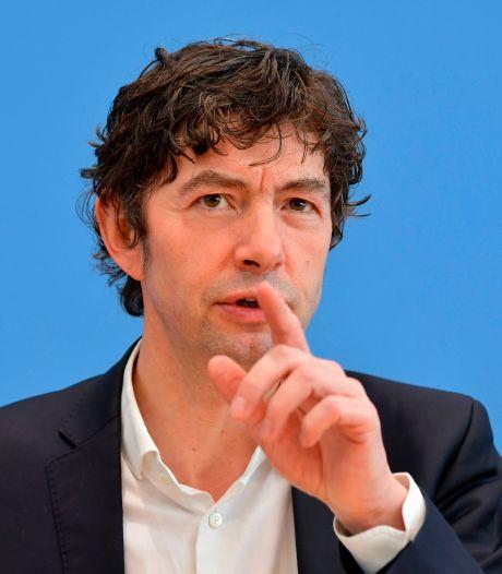 Un éminent virologue cible des conspirationnistes et menacé de mort en Allemagne