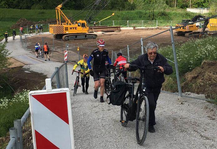 Je moet al een getrainde mountainbiker zijn om niet te moeten afstappen.