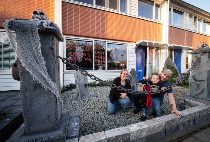 Het Halloweenhuis van Ruud van der Ven en zijn gezin aan Putmansveld in Breda.