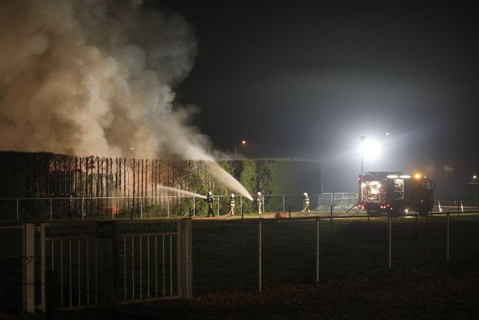Brandweerlieden aan het werk in Hoogerheide.