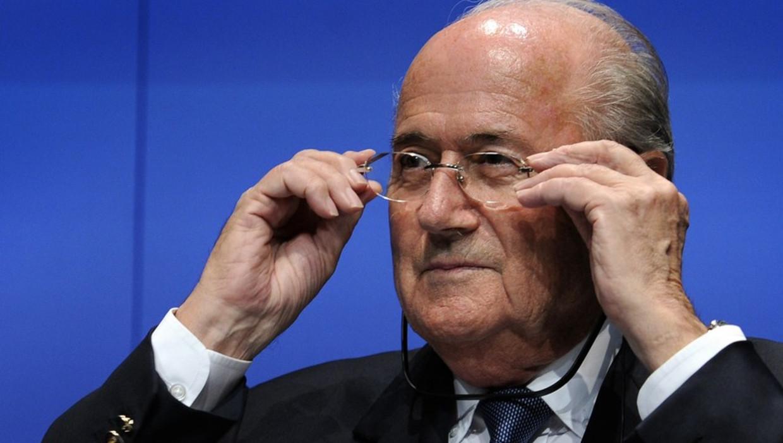 """Blatter: """"Geen Crisis, Wel Problemen Binnen Onze Familie"""