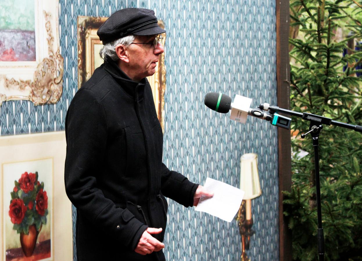 Historicus Ad van den Oord luidde op Bevrijdingsdag de wandelapp in.