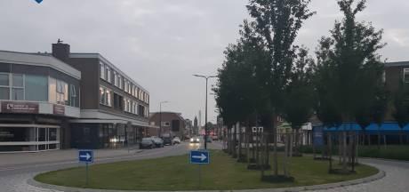 Politie Enschede deelt meerdere bekeuringen uit bij controle: 'Naar aanleiding van toenemende klachten uit de omgeving'