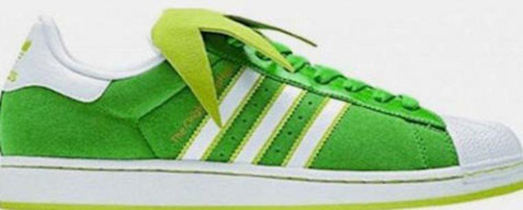 De Kermitschoenen van Adidas. Beeld UNKNOWN