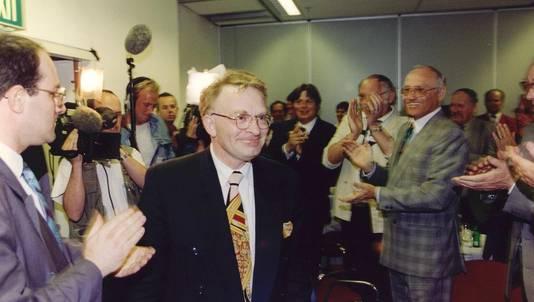 Hans Janmaat tijdens de verkiezingen in 1994.