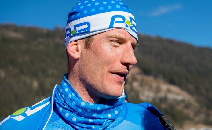 Erik Jan Kooiman na de finish van de door hem gewonnen Alternatieve Elfstedentocht heren op de Weissensee.