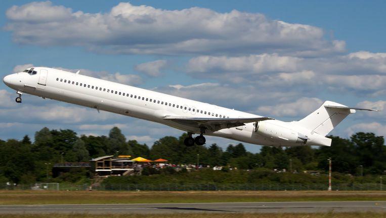 Het Swiftair MD-83 toestel Beeld reuters