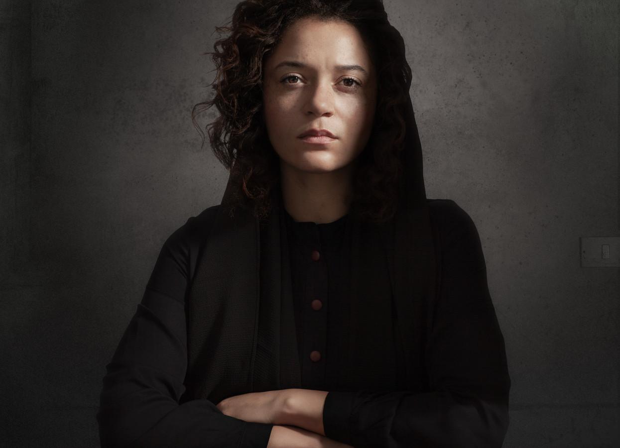 Actrice Jade Olieberg in haar rol van Laura H.
