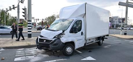 Gewonde door botsing met stadsbus in Arnhem
