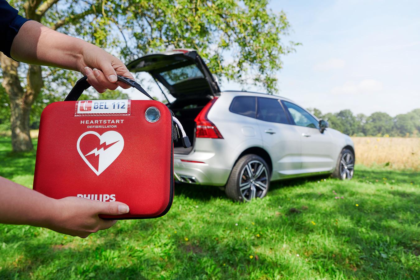 De Volvo's worden voorzien van een AED