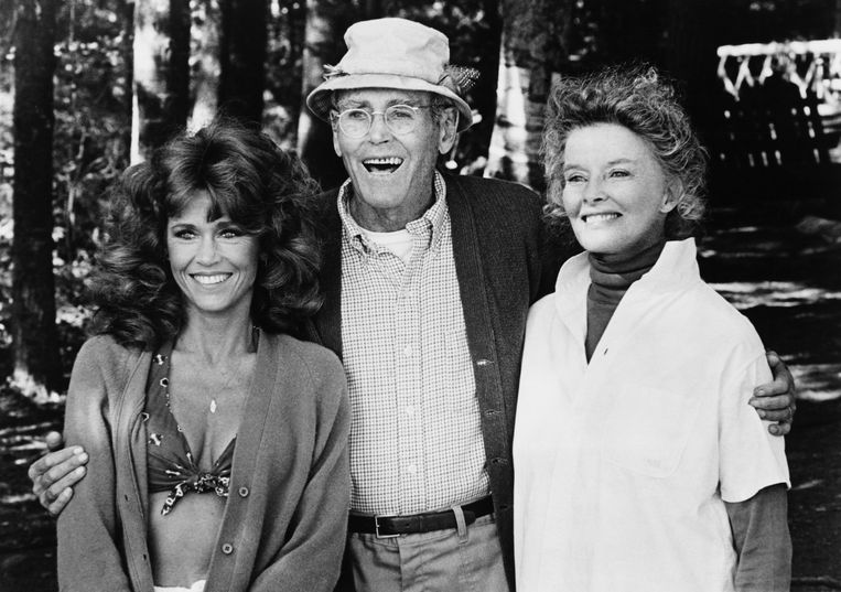 Met vader Henry en Katharine Hepburn op de set van 'On Golden Pond' uit 1981. Beeld Corbis via Getty Images