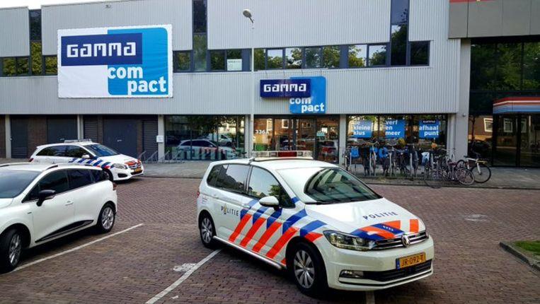De Gamma aan de Willem de Zwijgerlaan is dinsdagochtend overvallen. Beeld -