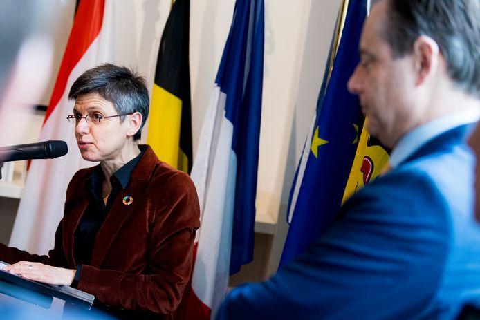 Cathy Berx, la gouverneure de la province d'Anvers, et Bart De Wever, bourgmestre d'Anvers.