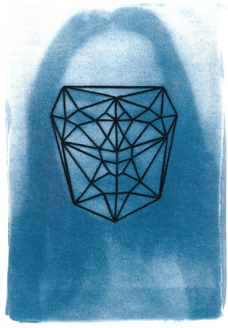 Dit werk is een zelfportret van Connie Stewart 'beïnvloed door de ontwikkelingen in de hedendaagse surveillancemaatschappij'.  Beeld Connie Stewart