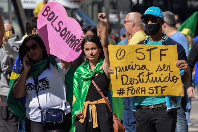 Aanhangers van de Braziliaanse president vragen om sluiting van het Hooggerechtshof.
