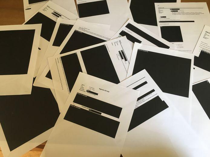 ZwartgelakeHeel veel pagina's in horrordossier Uddel zijn door de gemeente Apeldoorn zwartgelakt, tot grote frustratie van Gerrit van den Brink, die met een WOB-verzoek 'alle info' opvroeg.
