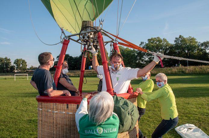 In de zomer van 2020 kon er weer even gevlogen worden met de Land van Cuijk-luchtballon.