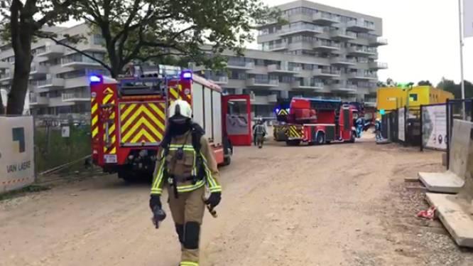Brandweer tweemaal opgeroepen voor brand in zelfde appartementsgebouw