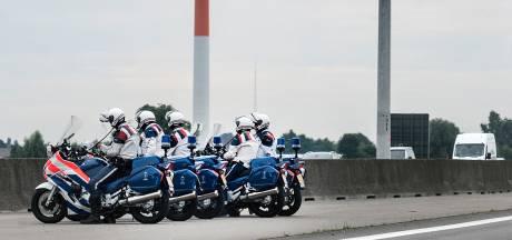 Roosendaler (45) verdacht van mensensmokkel, opgepakt bij controle marechaussee bij Hoogerheide