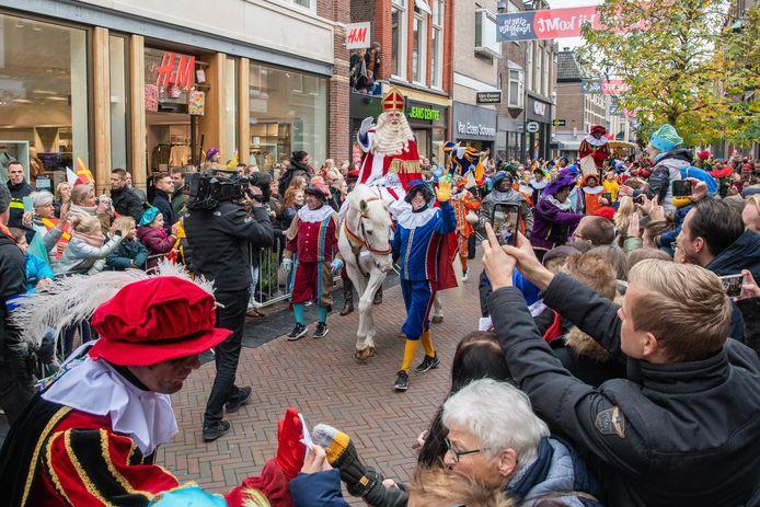 Of Sinterklaas dit jaar weer als vanouds door de Apeldoornse straten slentert, is nog onzeker.