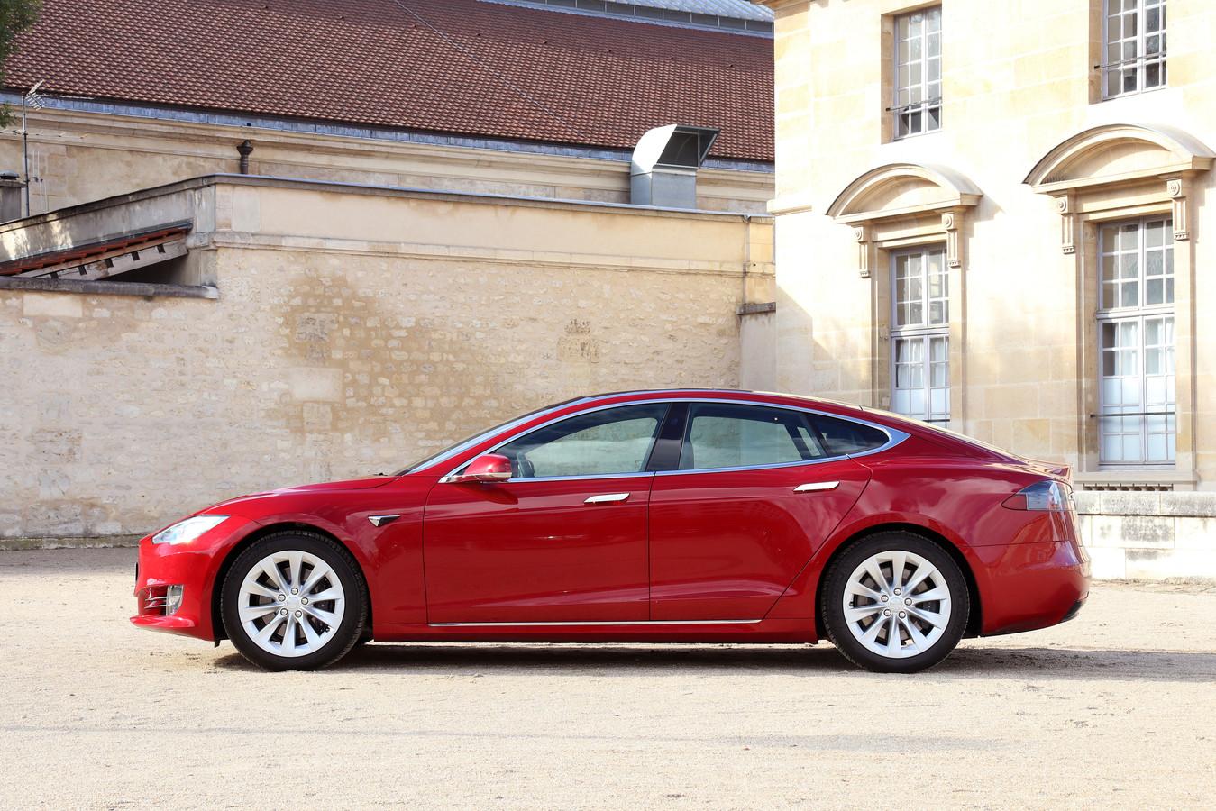 De Tesla Model S: uiteindelijk toch een klasse hoger dan de Model 3.