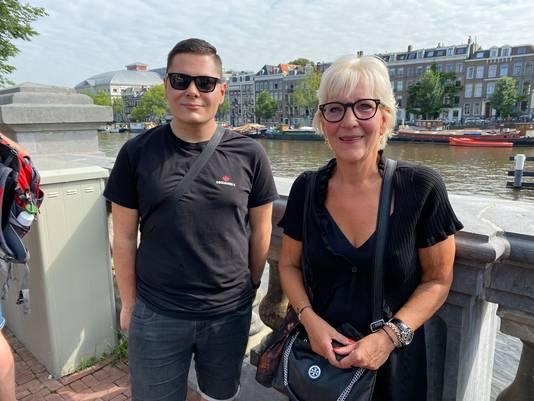 Moeder Jolanda Tufan en zoon Ferran uit Leerdam