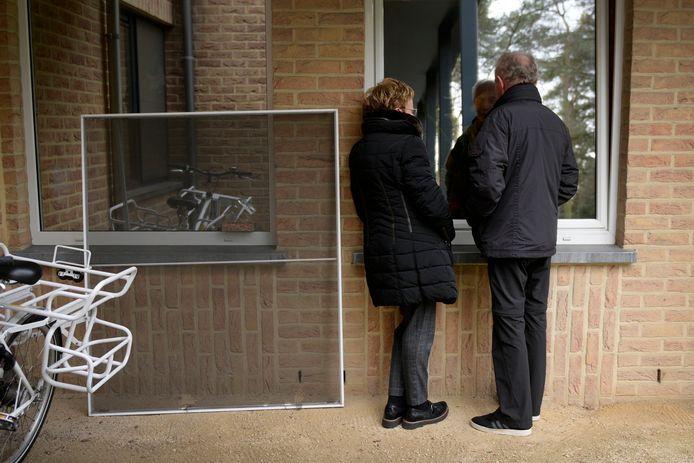 De uitbraak bij woonzorgcentrum 'Aan de Beverdijk' (foto) tekent de situatie in Noord-Limburg
