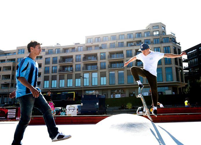 Naast Leidsche Rijn Centrum is een terrein ingericht waar de jeugd kan skaten, sporten en hangen.