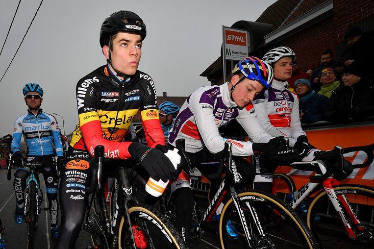 De kersverse Belgische en Nederlandse kampioen kruisten vandaag de degens maar tot een duel zou het nooit komen Beeld BELGA