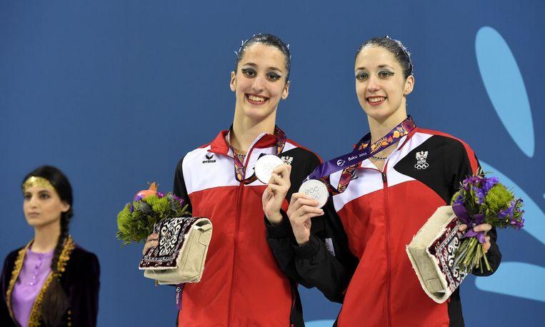 De Oostenrijkse zusjes Anna-Maria Alexandri and Eirini-Marina Alexandri.