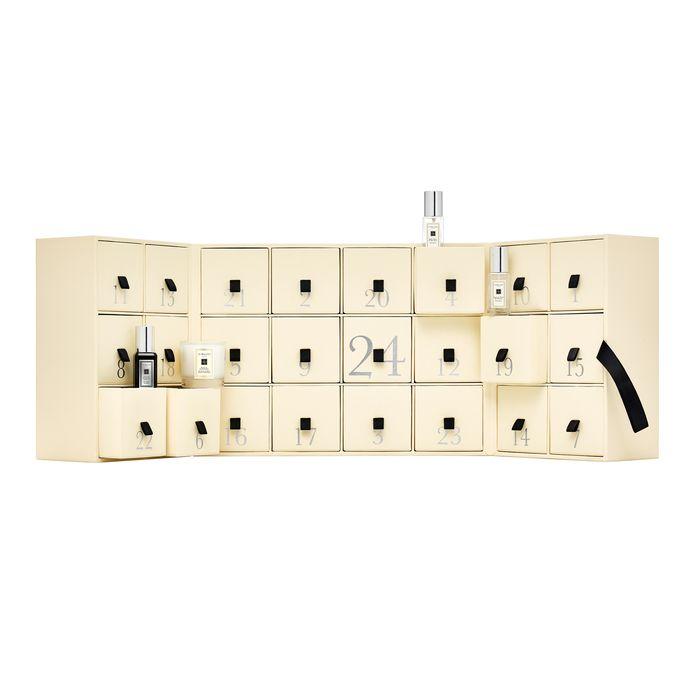 Des calendriers à petits prix et d'autres plus luxueux, comme celui-ci de chez Jo Malone.