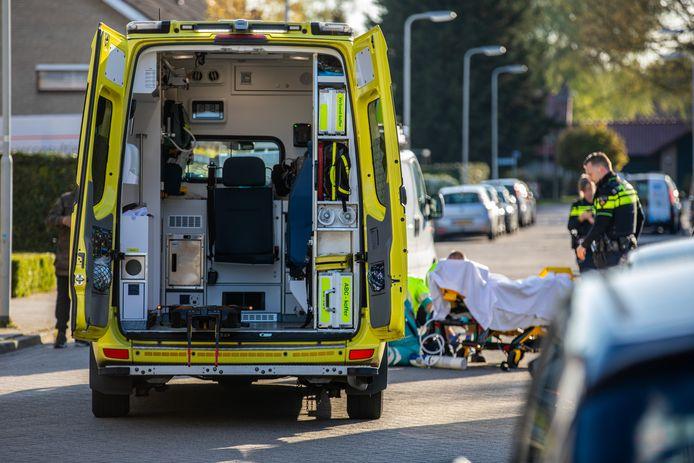 Op de Genestetlaan in Roosendaal is woensdagavond rond 20.00 uur een jongetje gewond geraakt.