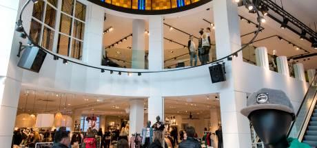 Nieuwe Sting Arnhem: licht, ruim en met vertrouwde, kleurrijke koepel