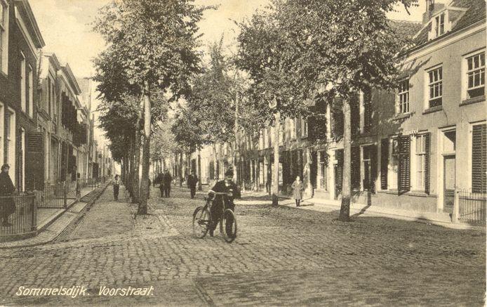 De Voorstraat in Sommelsdijk.