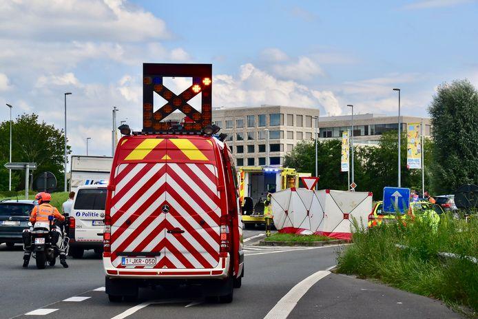 Door het voorval was de afslag naar de President Kennedylaan in Kortrijk een tijdje afgesloten voor het verkeer dat van het Ei kwam.