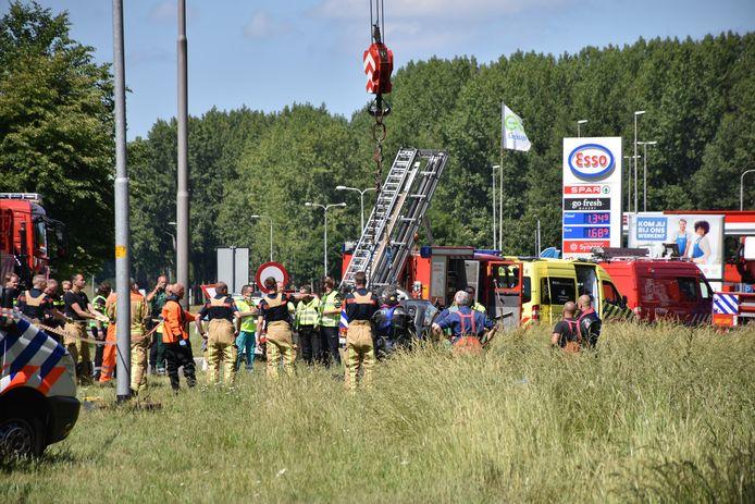 Het ongeluk gebeurde ter hoogtevan het Esso-tankstation.
