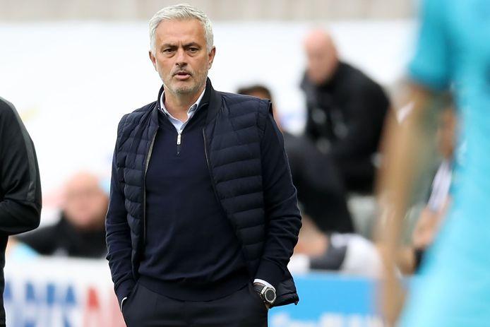 Jose Mourinho tijdens de uitwedstrijd tegen Newcastle United,