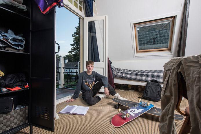 Aaron Willems in zijn slaapkamer.