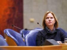 Minister biedt in tranen excuses aan voor toelaten Stint: 'Veiligheid stond niet voorop'