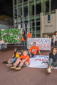 Layan (13) en Karam (12) protesteren tegen dreigende uitzetting: 'Onmenselijke situatie'