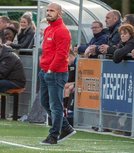 Angelo Simone: eerst coach van Estria, straks speler van Cito