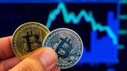 Waarde bitcoin bereikt laagste punt van het jaar