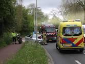 Automobilist wordt onwel tijdens 'date' en rijdt in op lantaarnpaal langs Segbroeklaan