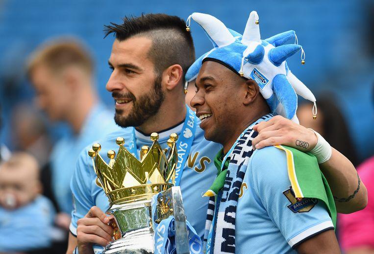 Alvaro Negredo (links) verlaat Manchester City Beeld GETTY