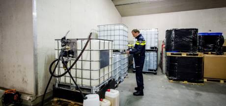 OM wil chemicaliënhandelaren die zaken deden vanuit Maren-Kessel tonnen afpakken