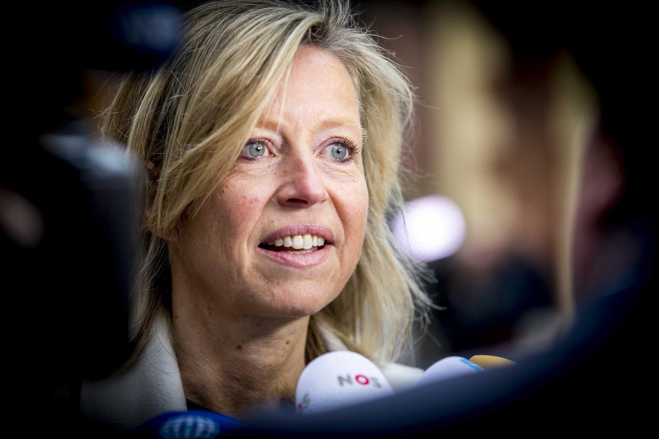 Minister Kajsa Ollongren van Binnenlandse Zaken is verantwoordelijk voor de intrekking van het raadgevend referendum.