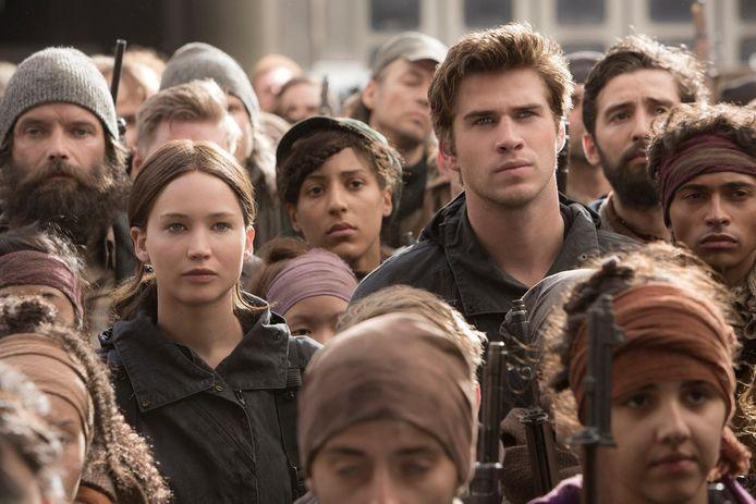 """Liam Hemwsorth a joué aux côtés de Jennifer Lawrence dans la saga """"Hunger Games""""."""