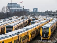 'Treinen te breed voor transport naar Roemenië'
