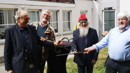 Smeden schenken kunstwerk aan Sint-Jozefskliniek