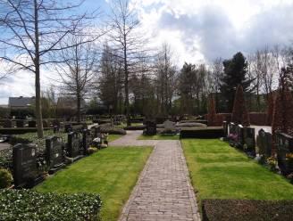 Onderhoudswerken op begraafplaats Akkerveld